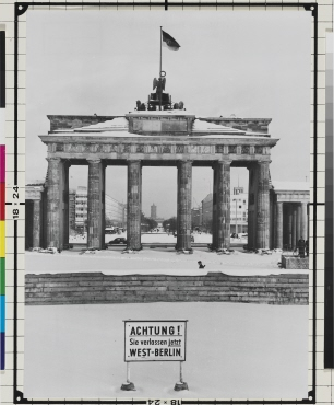 Untitled (Brandenburg Gate)